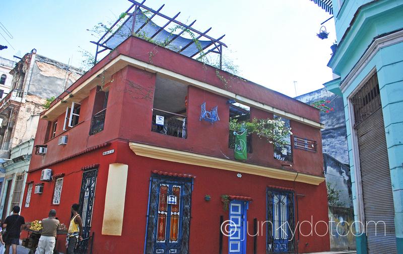 Casa De Carlos y Graciela Habana Vieja Cuba