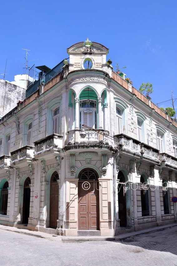 Hostal Chez Nous  Havana Cuba