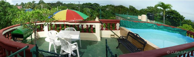 Casa Vicente y Clarita Havana Guanabo Beach