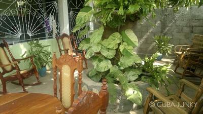 Junky Dot Com: Casa Mayumi y Pito &emdash; Casa Mayumi y Pito Pilon Granma Cuba