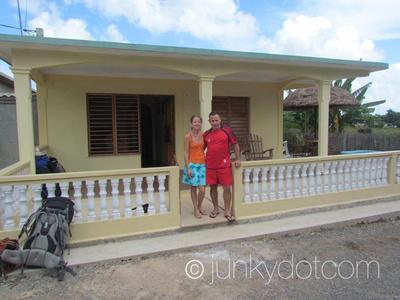 Casa de Osvedy y Leyani Vinales Cuba