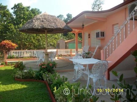 Junky dot com casa de osvedy y leyani for Casa mansion los jardines havana