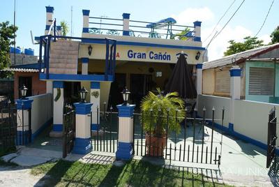 Casa Gran Canon Playa Larga Cuba