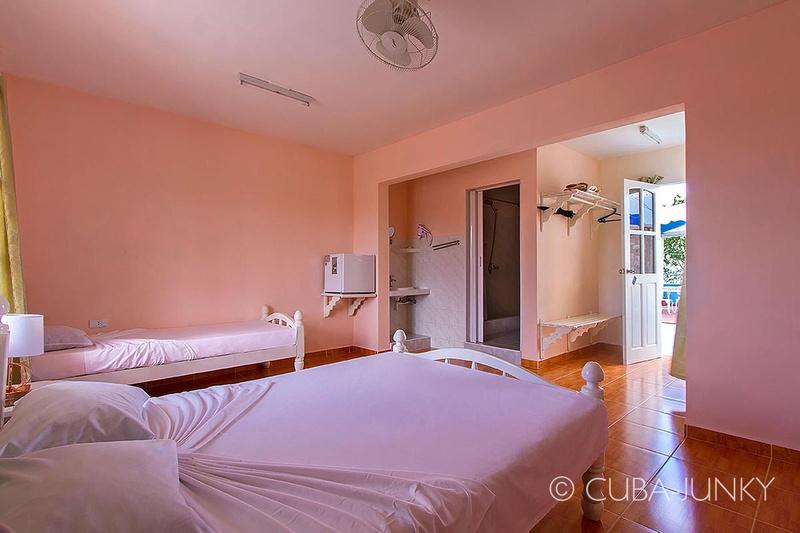 Casa Costa Azul Playa Larga Cuba