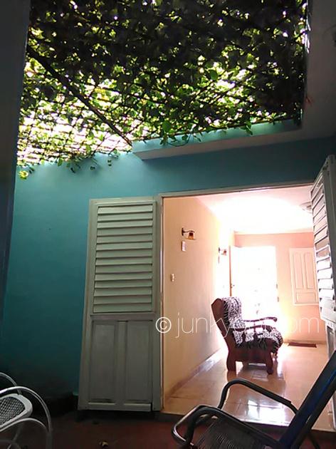 Hostal Eddy Yoel y Familia Trinidad Cuba