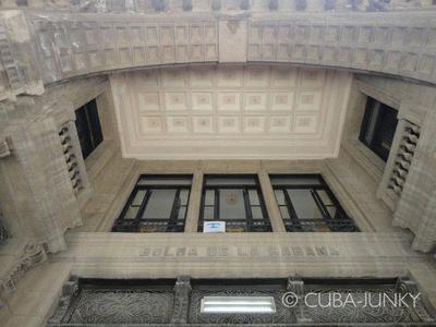 Junky Dot Com: Casa Bolsa de la Habana &emdash; Casa Bolsa de la Habana