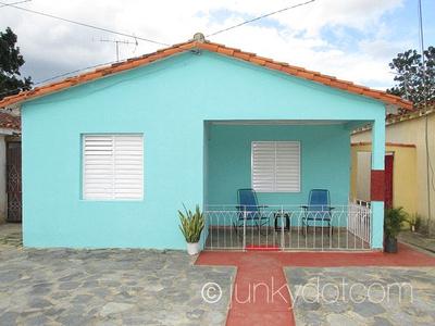 Casa Maria Jesus y Raul Vinales Cuba