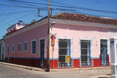 Villa Colonial Frank y Arelys Remedios Cuba