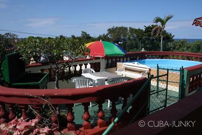 Casa Vicente y Clarita | Havana Guanabo | Cuba