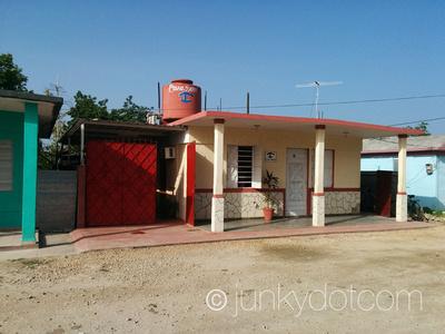 Junky Dot Com: Casa Dany &emdash; Casa Dany | Playa Larga | Cuba