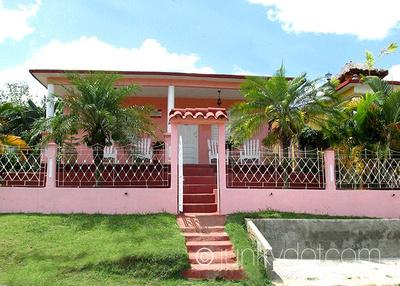 Casa Tito Vinales Cuba
