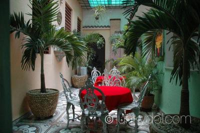 La Casa Tropical Centro Havana Cuba