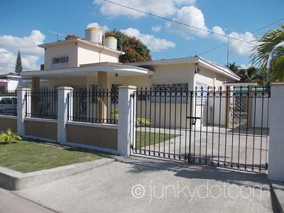 Casa Amarilla | Cienfuegos | Cuba